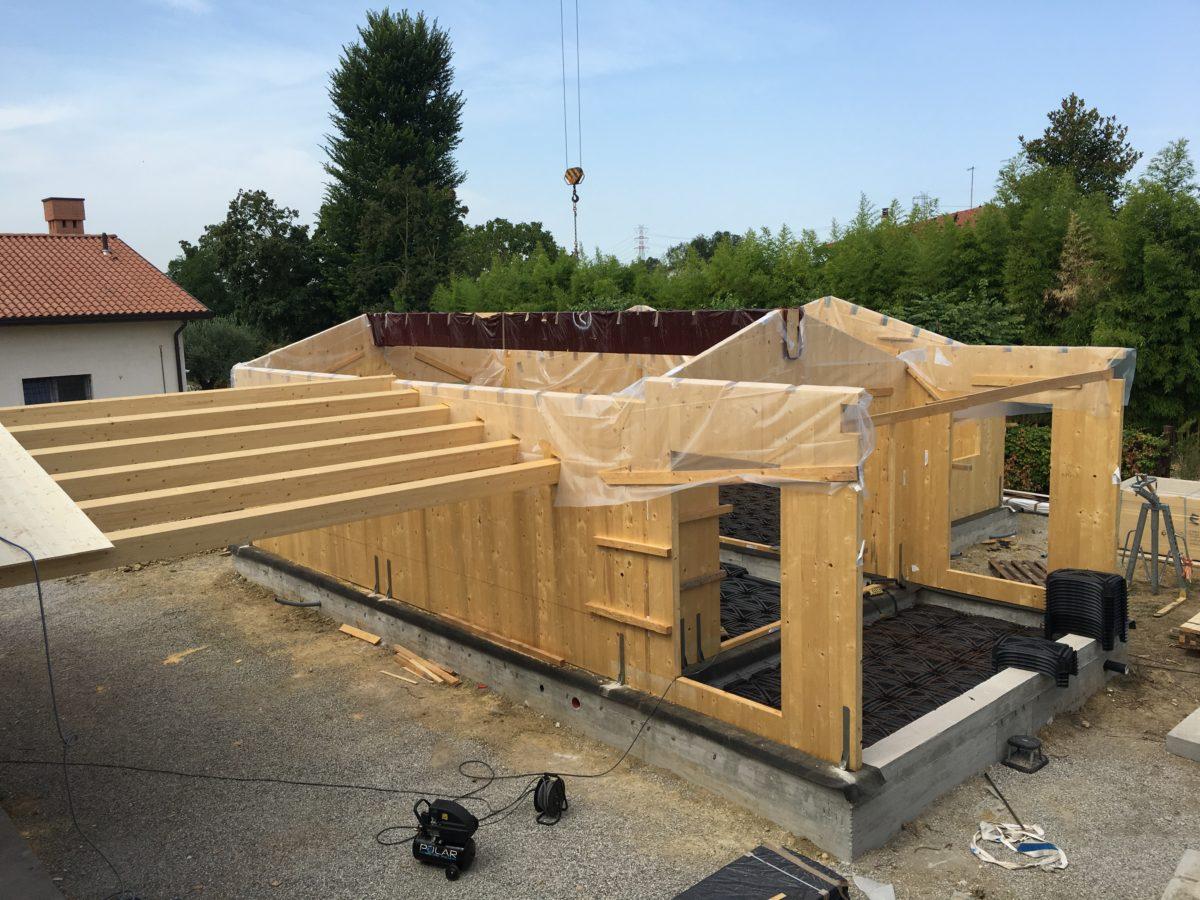 Casa in legno con struttura in X Lam